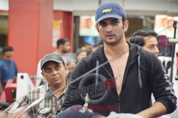 'Reel Life MS Dhoni' Sushant Singh Rajput works out at SportsFit Vasant Kunj