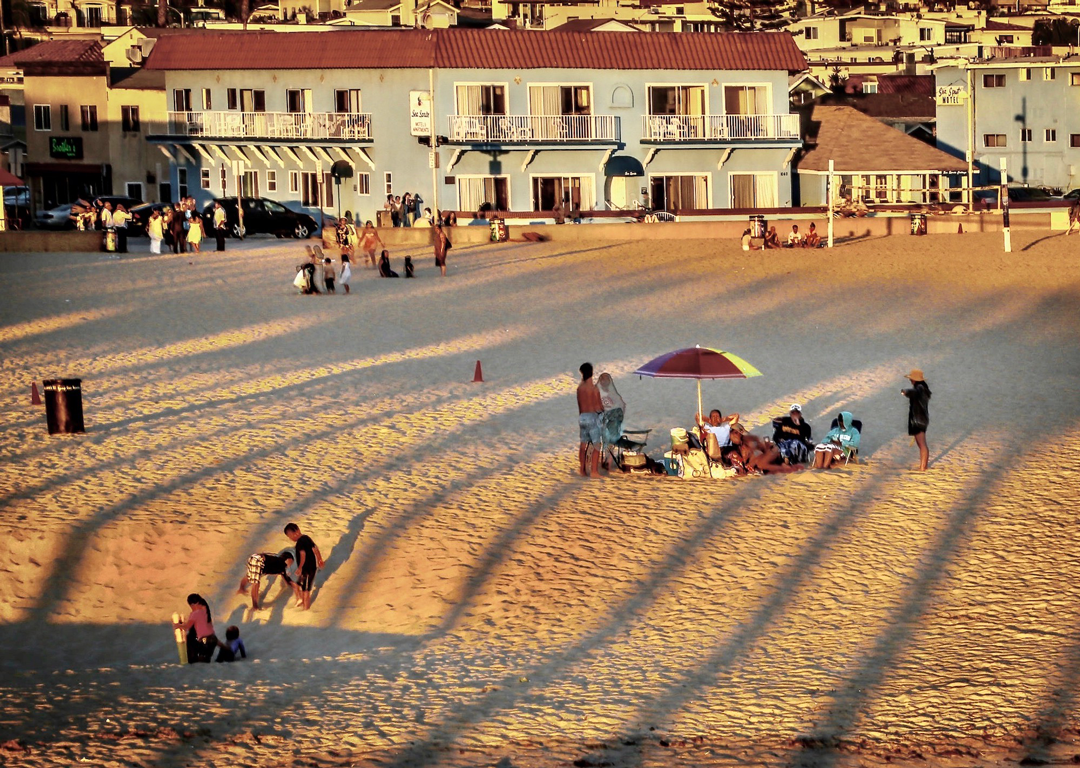 People at Hermosa Beach