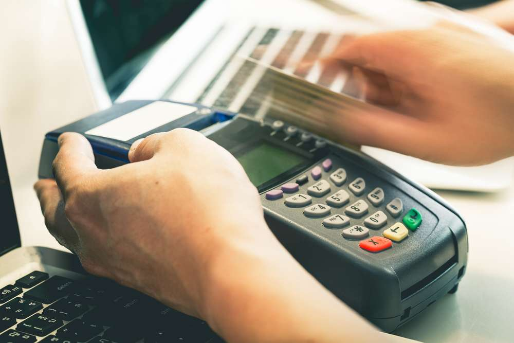 How Does Credit Card Payment Processing Services Help Small Businesses