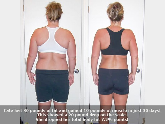 before and after back view photo of a female body transformation client who lost 30 pounds of fat and gained 10 pounds of muscle in 30 days