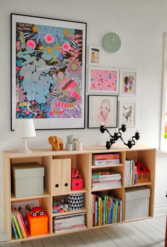 Galeria de arte no quarto das crianças