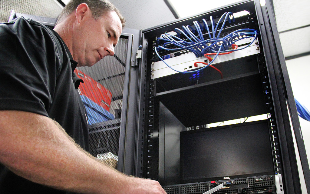 Remote IT and Server support and troubleshooting image