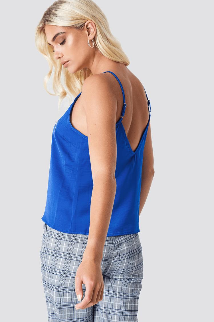 cobalt blue, cobalt blue top, blue and gray, plaid pants, plaid pattern