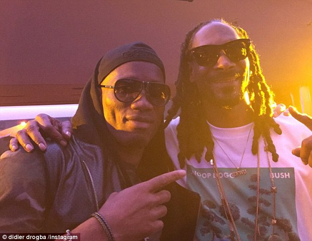 Photo of Drogba Hangs With Snoop Dog In Cannes