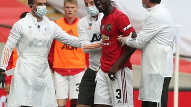 Photo of Manchester United Defender Bailly Posts An Update On His Head Injury