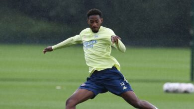 Photo of Arsenal Defender Zech Medley Joins Gillingham On Loan