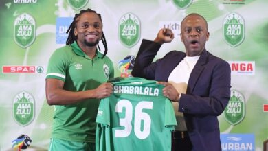 Football Fraternity Reacts To Siphiwe Tshabalala's Move To AmaZulu!