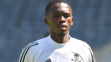 Photo of Thabang Monare Doesn't Want Orlando Pirates to Rest on Their Laurels!