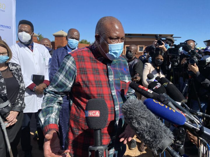 Dr Irvin Khoza Pleads With The Country To Get Vaccinated!