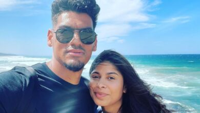 Clayton Daniels Enjoyed A Lovely Off-Season Holiday with His Wife!