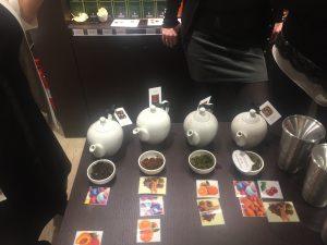 Dammann Frères Milano Christmas teas demonstration 2
