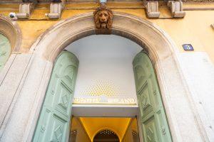 Identità Golose Milano lion door