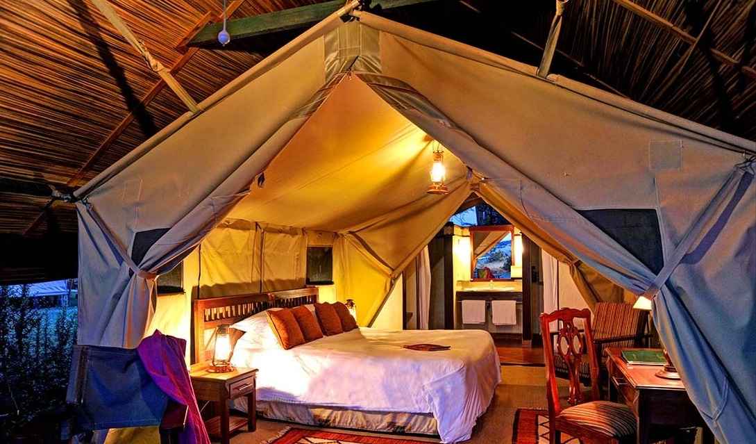 Sweetwaters-Serena-camp_Standard-tent