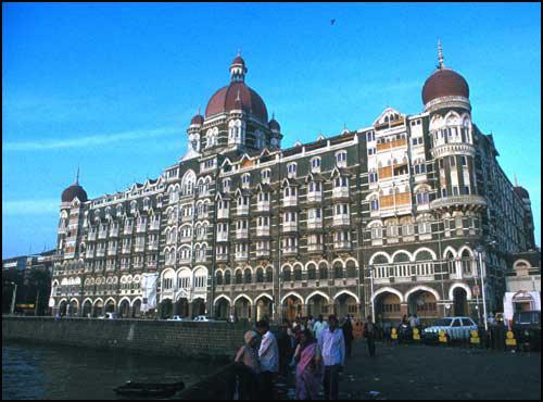 The renowned Taj Mahal Hotel. ©1991 UrbisMedia