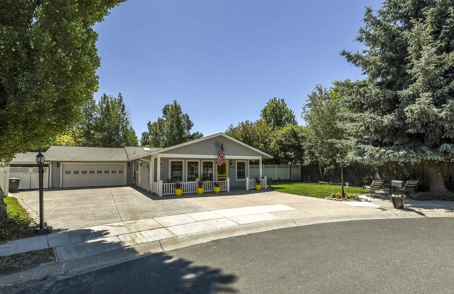 3607 E Racoon Way – Sold!