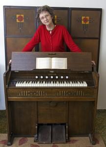 Wodehouse w: Yamaha organ #1