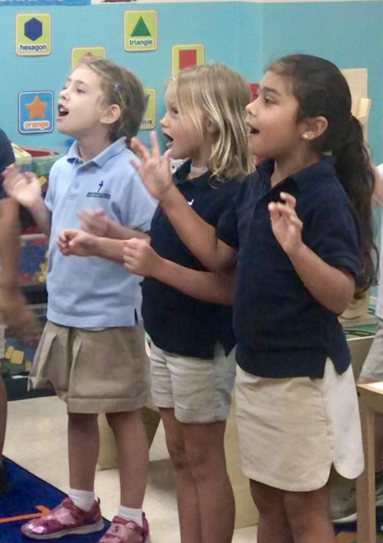 holycross-kids-singing