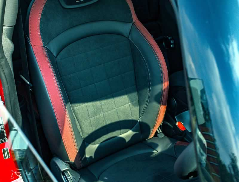 cadeira booster seat para crianças no carro