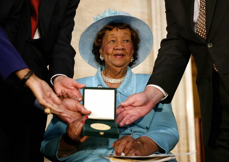 Civil rights leader Dorothy Height to be immortalized on state historical marker in Richmond
