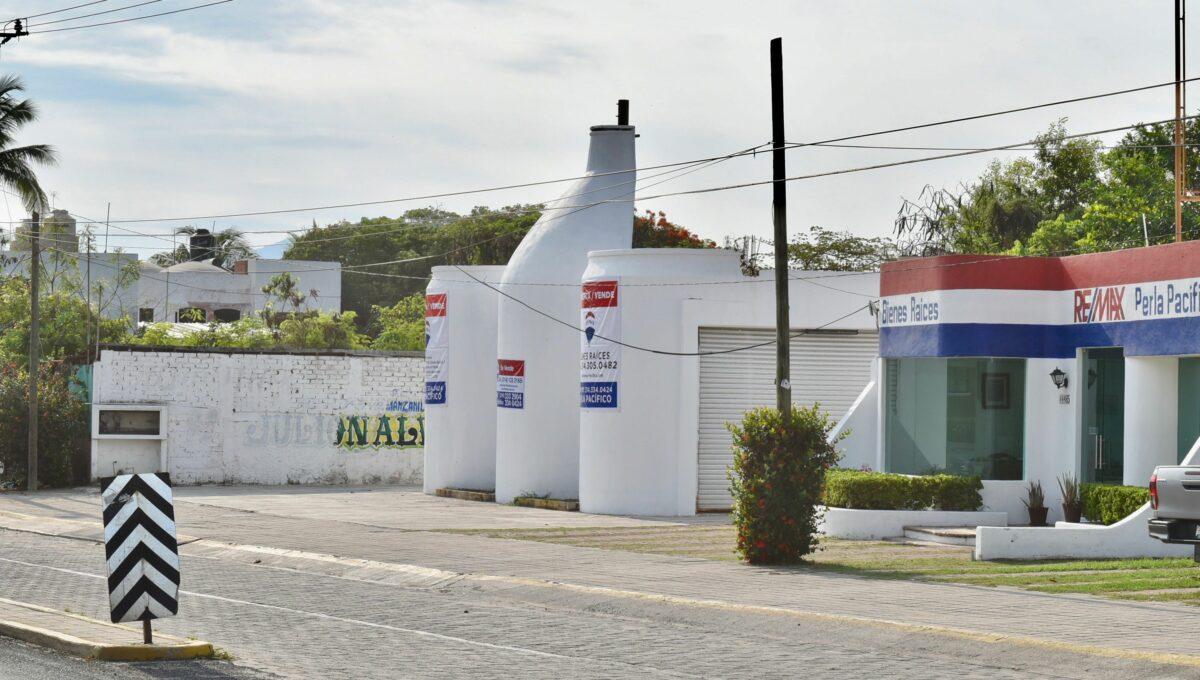 218 Comercial Autolata Olas Altas - 1