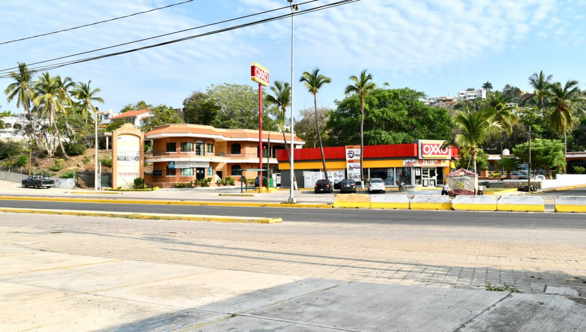 218 Comercial Autolata Olas Altas - 14