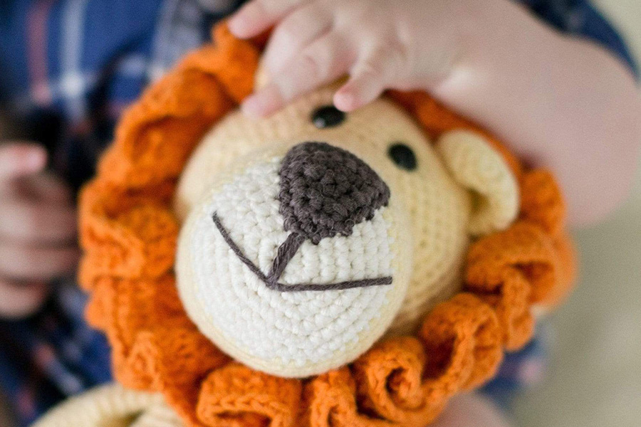 How this Maker created a team that ships 20K handmade toys every year – Episode 26