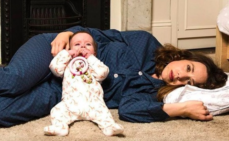 Изследванията казват, че родителите не спят достатъчно през първите 6 години, след като се роди дете
