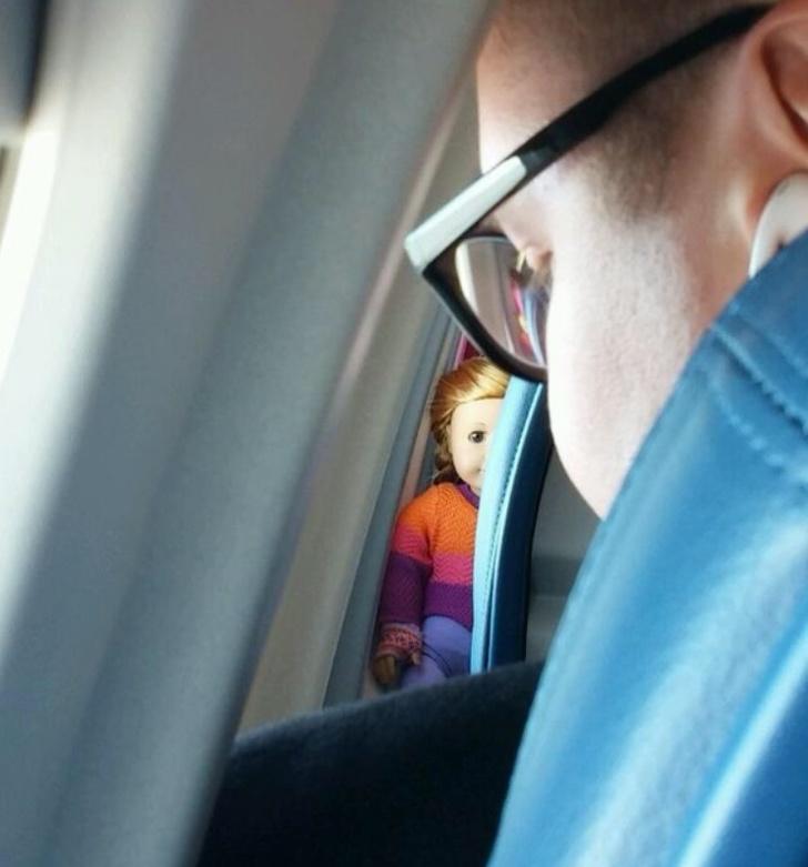 18 бордови драми, превърнали обикновен полет в обучение за оцеляване