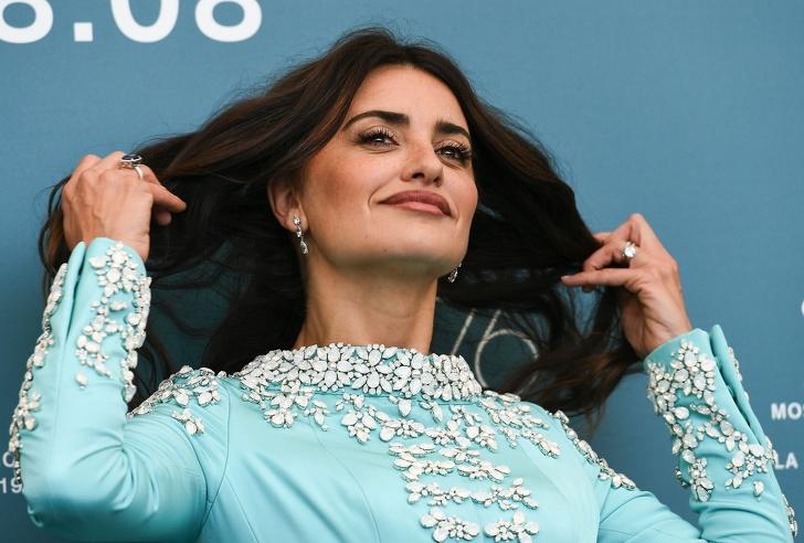 20 основни стилисти на Холивуд разказаха колко струва да направите прическа като звезда