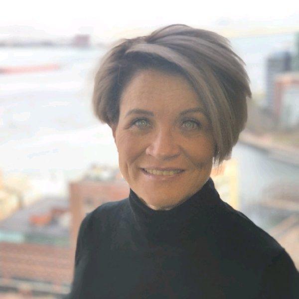 SuzanneBrown