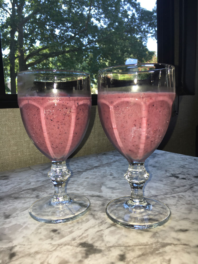 Berry Sunday Smoothies In A Camper