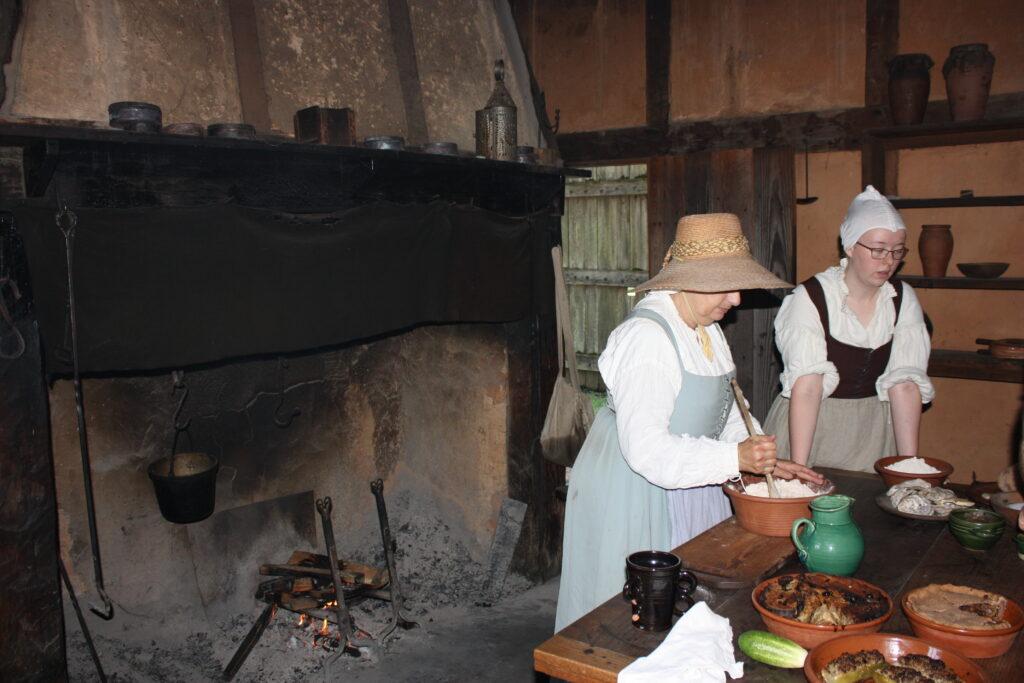 Jamestown Settlement Museum Jamestown VA Jamestown Fort Baking Demonstration