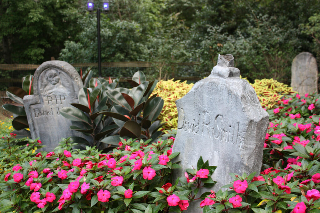 Busch Gardens Williamsburg Howl-O-Scream Halloween Landscape