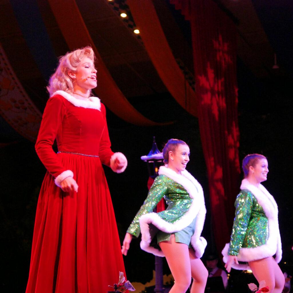 Busch Gardens Williamsburg Christmas Town Festhaus Deck The Halls