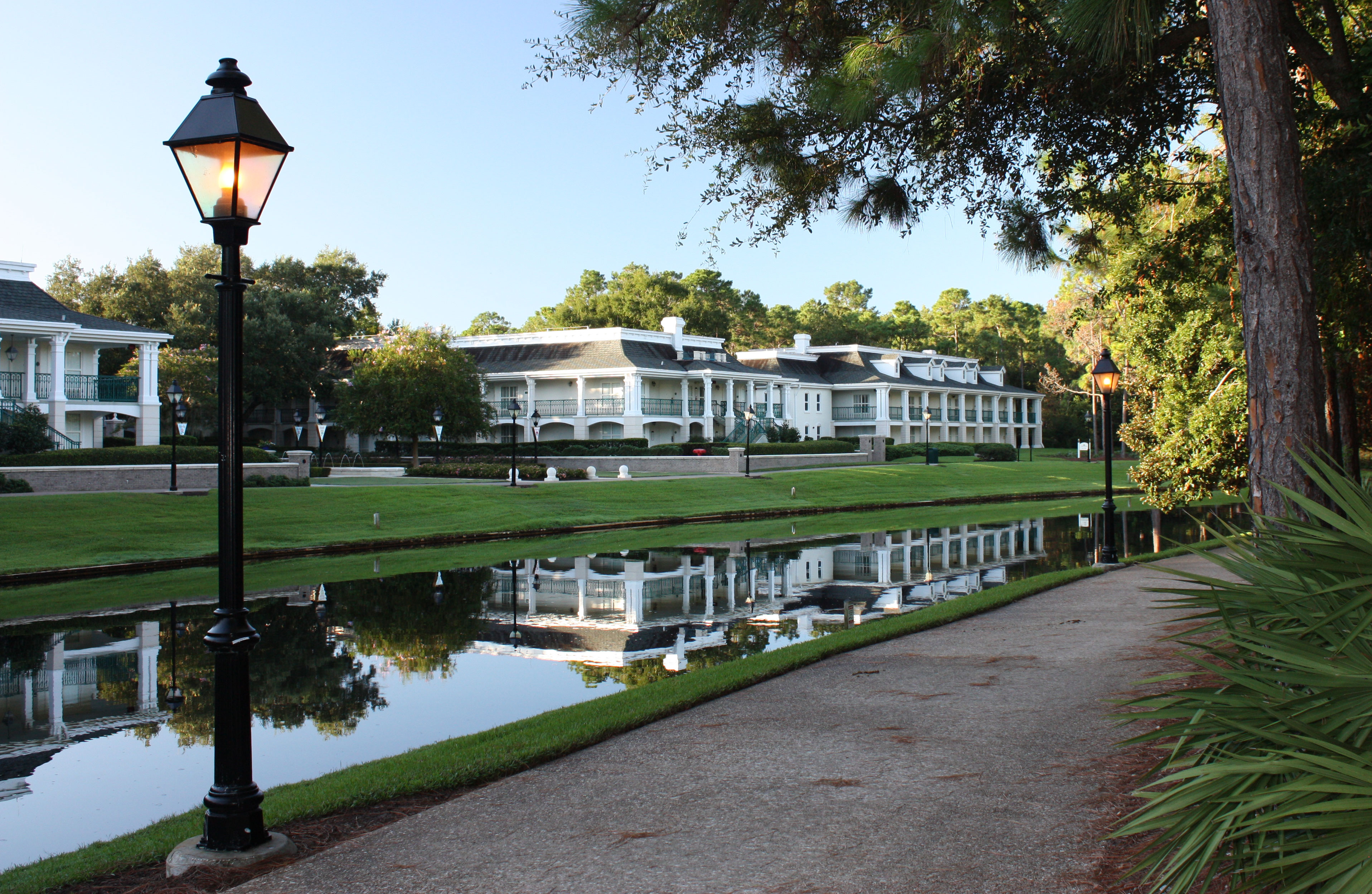 Disney's Port Orleans Riverside Resort Walking Trail Along River