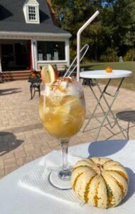 SummerWind Vineyard Apple Pie Ice Cream Wine Float