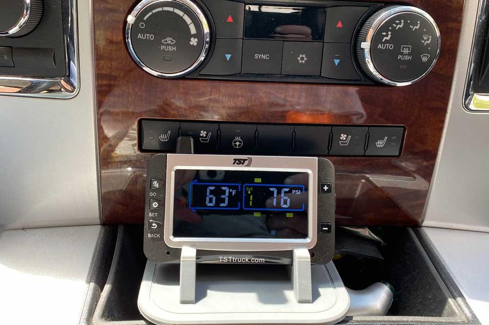 TST 507 TPMS Monitor in Truck