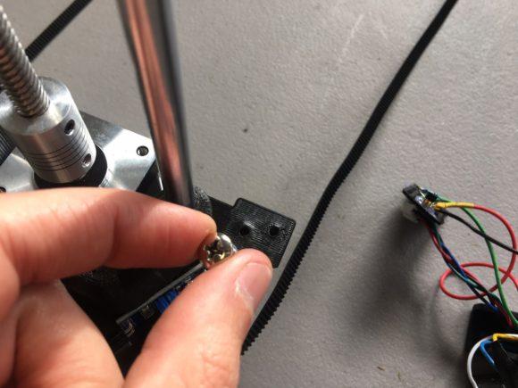 drag chain lower rail holder