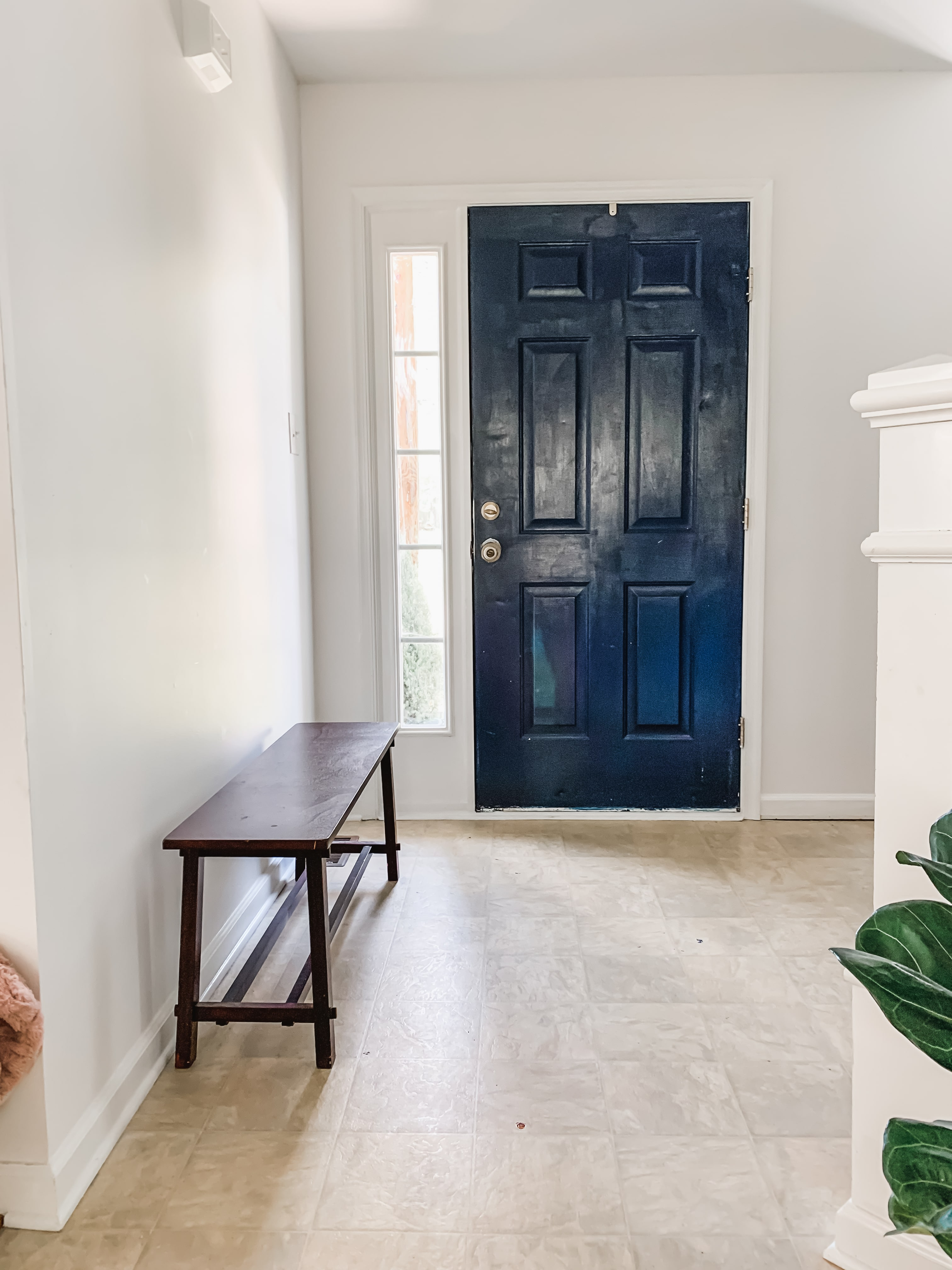 Before photos of Entryway for Spring 2020 One Room Challenge