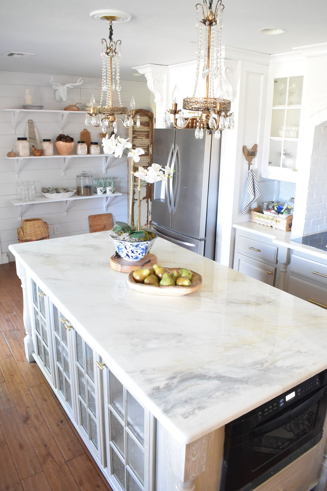 DIY Countertop Paint Kits: 17 DIY Countertops to Update Your Kitchen this Weekend on a Budget
