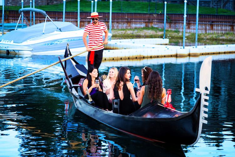 Lake Tahoe Cruises   Gondola Ride in Lake Tahoe
