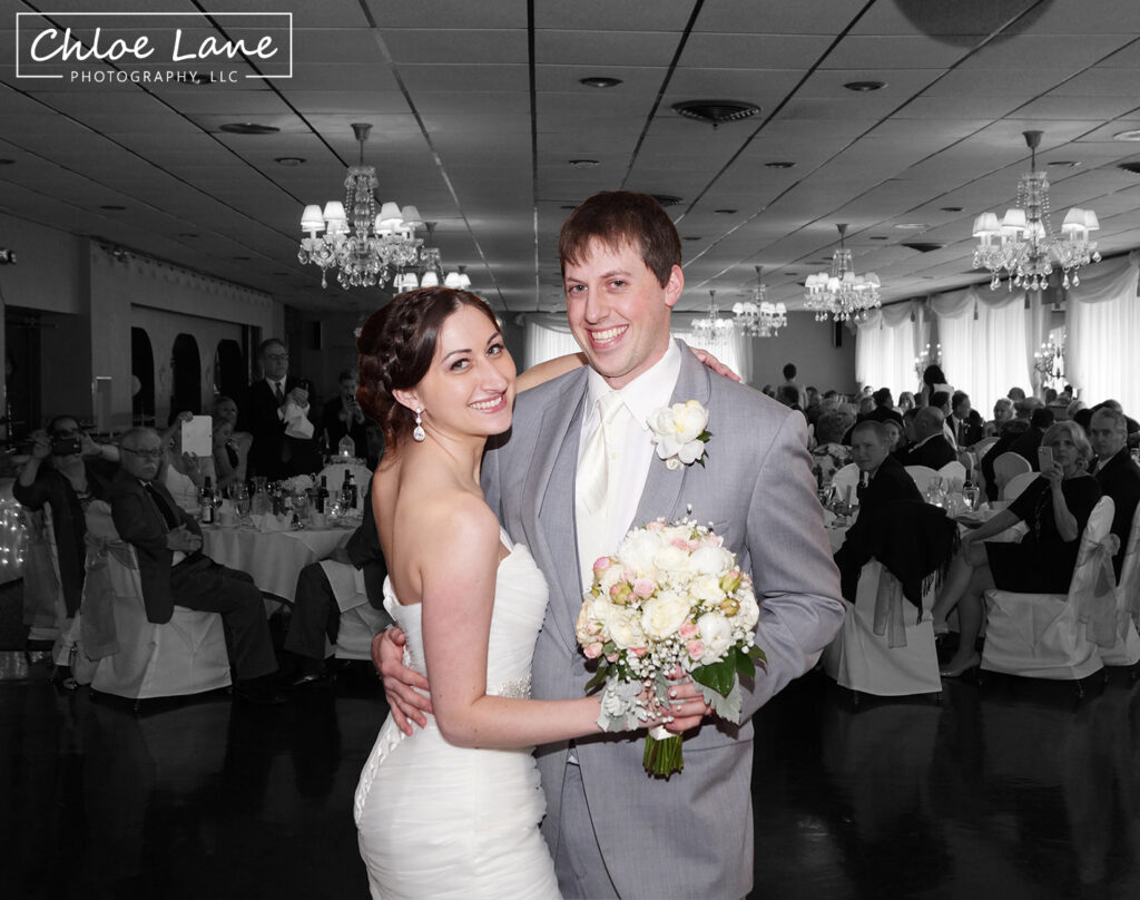 Ferrantes Lakeview Wedding photos by Chloe Lane Photography