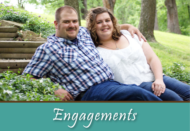 Engagement Photos by Chloe Lane Photography LLC