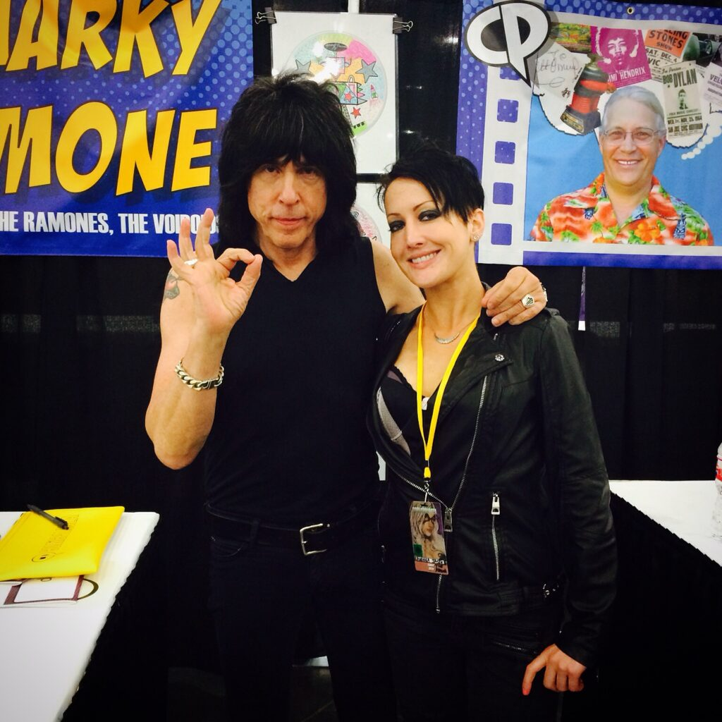 Andreka meeting Marky Romone at Comicpalooza