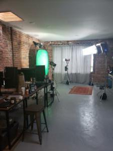 018 - On set