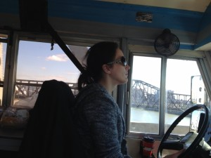 040 - Andreka driving the bus