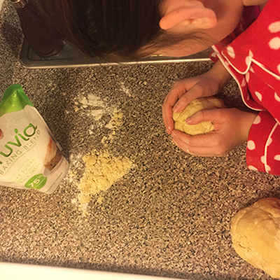 PIC1_Elle with dough