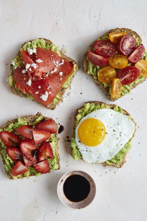 Avocado_Toast_with_Balsamic_Glaze_02