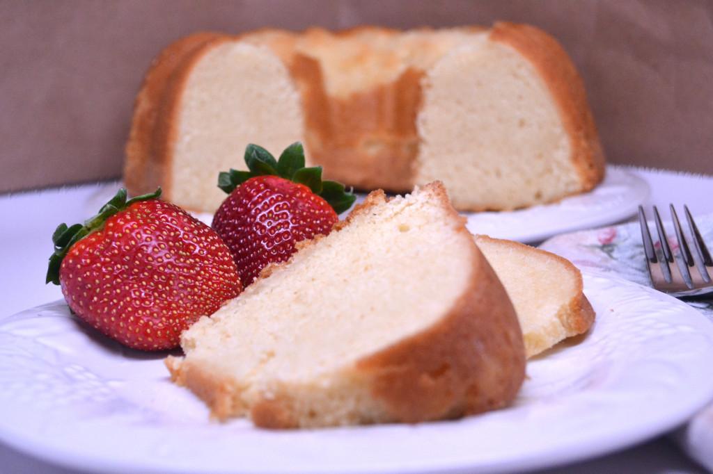 golden pound cake 086