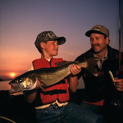 Create lasting memories with a family fishing trip on Leech Lake.